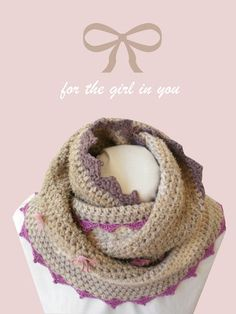 Beige cowl chunky crochet with lace and bow ties