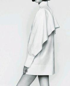 White Shirt https://kimdave.com/2015/04/10/wardrobe-essentials-the-white-shirt/