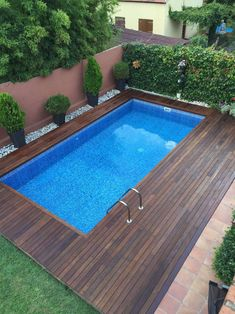 32 Best Swimming Pool Designs [Beautiful, Cool, and Modern] ~ Home of Magazine Small Swimming Pools, Small Backyard Pools, Backyard Patio Designs, Small Pools, Swimming Pools Backyard, Swimming Pool Designs, Pool Landscaping, Backyard Ideas, Garden Design Ideas On A Budget