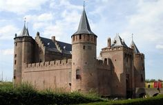 Muiderslot Muiden ~ The most beautiful and best kept medieval castle in the Netherlands