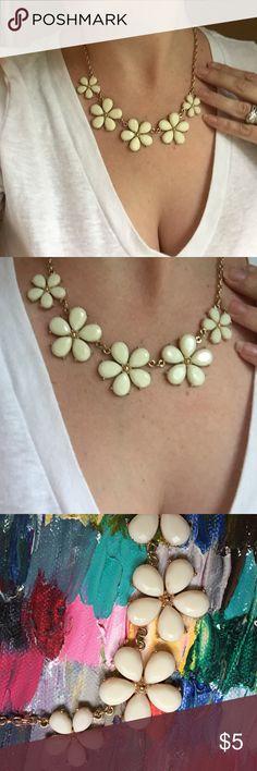 Off white flower statement necklace Off white flower statement necklace Jewelry Necklaces