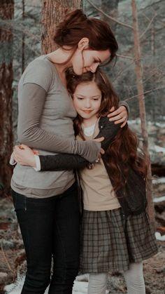 Twilight Scenes, Twilight Quotes, Twilight Book, Twilight New Moon, Twilight Pictures, Twilight Bella And Edward, Twilight Renesmee, Vampire Twilight, Robert Pattinson Twilight