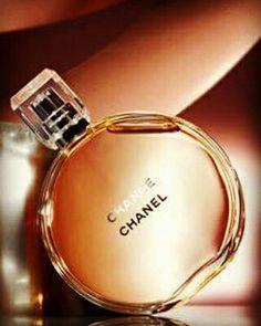 Miniatura Chanel Chance Parfum EDP - Chipre Floral 1,5ml - Imprevisível, sempre em movimento, CHANCE leva você para um turbilhão de felicidade e de fantasia. Um encontro olfativo com a chance. Um ritual perfumado completo para o banho e corpo.