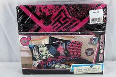 Monster High Scary Cute Twin Sheet Set Cotton Rich   Home & Garden, Kids & Teens at Home, Bedding   eBay!