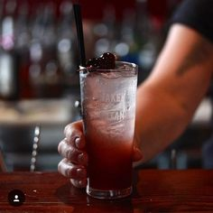 The delicious Mulberry Sloe Collins cocktail at @nakedforsatan_  #regram from @melbournecocktails #chasespirits #downunder #chasedistillery #cocktails #nakedforsatan #melbourne #instacocktails #melbournecocktails #delicious