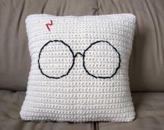 Harry Potter glasses minimalist crochet pillow