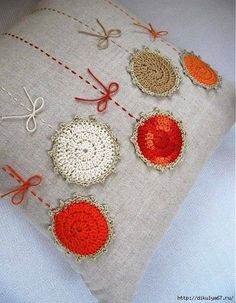 Diy Christmas Pillows Pattern Sewing Projects New Ideas Crochet Cushions, Sewing Pillows, Crochet Pillow, Crochet Home, Crochet Baby, Knit Crochet, Crochet Projects, Sewing Projects, Sewing Patterns