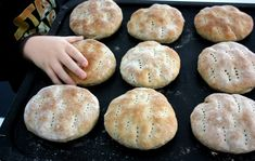 How To Make Bread, Mole, Good Food, Fun Food, Food And Drink, Baking, Breakfast, Desserts, Semlor