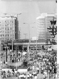 Berlin Weltfestspiele, Alexanderplatz August 1973