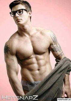 Online dating tattooed singles 1