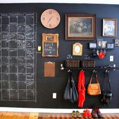 Creative DIY Storage Solutions for Small Spaces #apartmentdecorating #diyhomedecor #getorganized #gettingorganized #organizationideasforthehome #homedecorideas