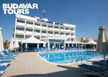 8 nap/7 éjszaka 2 főre Cipruson, a Mariandy Hotelben reggelivel, repülőjeggyel és illetékkel