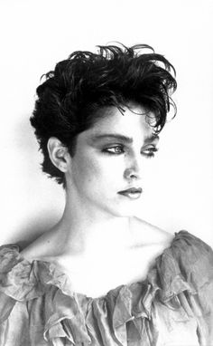 Justify My Confessions Madonna Hair, Madonna 80s, Divas, Short Hair Cuts, Short Hair Styles, Best Female Artists, Haircut For Older Women, Classic Image, Lucky Star