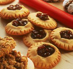Black-Eyed Susans Cookie Recipes, Dessert Recipes, Desserts, Raisin Cookies, Sweet Cookies, Black Eyed Susan, Holiday Cookies, Cobbler, Maid