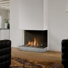 Amsterdam Cafe, Home Fireplace, Gas Fireplaces, Gas Fires, Home Reno, Little Houses, House Rooms, Derby, New Homes