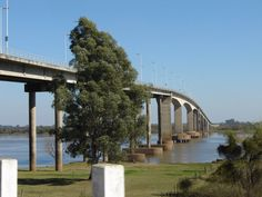 Puente Paysandú - Colon.que une dos paises  Uruguay- Argentina