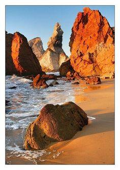 Rocky Beach, Praia da Ursa, Portugal