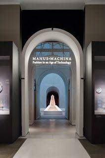 """Actual - Arte, cultura, moda e criação: """"Manus x Machina – Fashion in an Age of Technology..."""