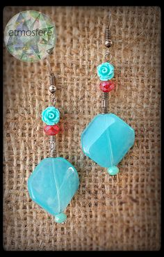 Handmade light blue glass earrings with roses #beadedearrings #beads #glass #handmade #pendant #earrings #roses #crystals