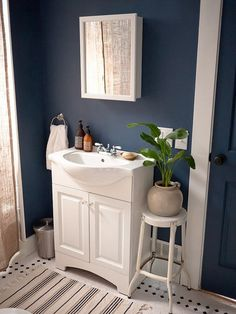 1000 ideas about dark blue bathrooms on pinterest blue for Blue and black bathroom ideas