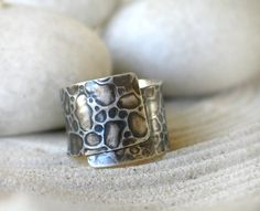 Textured Band Ring in Sterling Silver Leather by mariastudio