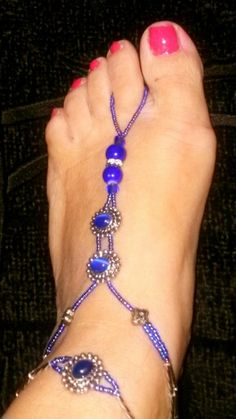 Royal blue cameos with Swarovsky crystals and matching anklets. Beach Feet, Bare Foot Sandals, Anklets, Barefoot, Royal Blue, Beading, Crystals, Diamond, Crafts