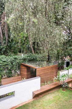 Galería de Pabellón en un Jardín / CollectiveProject - 6