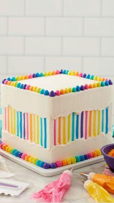 Crazy Cakes, Fancy Cakes, Cake Icing, Cupcake Cakes, Beautiful Cakes, Amazing Cakes, Wilton Cake Decorating, Best Chocolate Cake, Cake Decorating Techniques