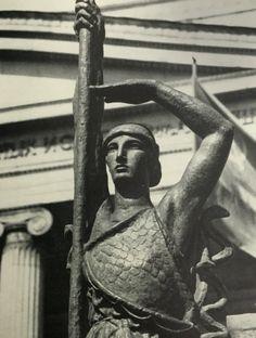 "Бурдель. Antoine Bourdelle. ""Франция"" бронза 1925 Antoine Bourdelle, Camille Claudel, Rodin, Architecture Details, Sculpture Art, Sculpting, Bronze, Poses, Statue"