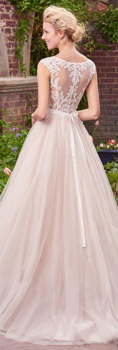 Wedding Dress by Rebecca Ingram - Carrie | Less than $1,000 | #rebeccaingram #rebeccabride