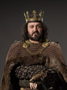 "Vikings S1 Ivan Kaye as ""King Aelle"""