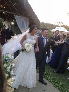 Flávia + Andre | ECO-Rustic Audrey Hepburn wedding gown by A MODISTA | Rio de Janeiro | RJ
