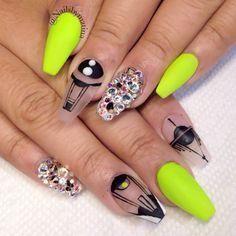 Coffin shaped nails @ KorTeN StEiN☻