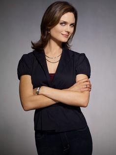 Emily Deschanel as Dr. Temperance Brennan in #Bones - Season 3