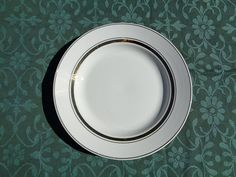 """Soviet Vintage Plate; ZiK Konakovo Faience Factory Plate; Classic White Plate with Golden Rims; 9.5""""/ 24cm Large Dinner Plate made in USSR"""
