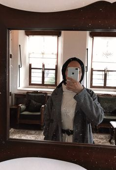 """""""Good things are waiting for us"""" (Darling) 🙈💍 Hijabi Girl, Girl Hijab, Hijab Outfit, Arab Fashion, Muslim Fashion, Cool Girl Pictures, Girl Photos, Best Friend Couples, Modele Hijab"""