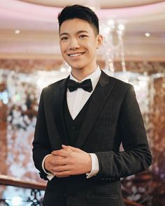 Suit by: Francis Libiran ( Grooming by: Mabeth Concepcion ( Shoes: Louis Vuitton Photo by: Espanto, Actors & Actresses, Music Videos, Bae, Suit Jacket, Louis Vuitton, Suits, Instagram, Dying Inside