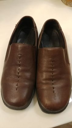 157c503277f Ladies brown slip on shoes from PREDICTIONS sz 11W. Barely worn!  fashion   clothing  shoes  accessories  womensshoes  comfortshoes (ebay link)