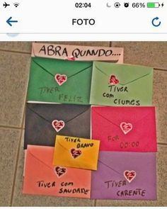"[Dicas de Bodas] Cartas ""Abra Quando..."" DIY Valentine Day Gifts, Valentines, Black Background Wallpaper, I Have A Boyfriend, Presents For Friends, Happy Birthday Me, Diy Gifts, Bff, Diy And Crafts"