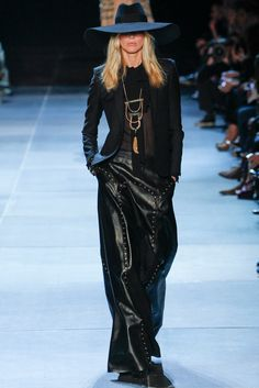 Saint Laurent Spring 2013 Ready-to-Wear Fashion Show - Iselin Steiro