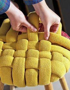 Banqueta forrada de lana