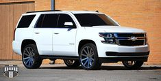 2015 Tahoe. ❤️❤️❤️❤️ Yes, I realize this is totally a mommy vehicle, and I lack children to go in it, but I want one!