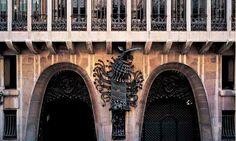 #PalauGüell, uno de los primeros trabajos de #Gaudí http://www.viajarabarcelona.org/lugares-para-visitar-en-barcelona/palacio-guell/ #Modernismo #Barcelona