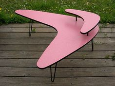 Mid Century Modern pink boomerang table. If I ever decide to do mid century in Chamberlin Street.
