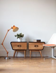 7 Serene Tips AND Tricks: Vintage Home Decor Bathroom Products vintage home decor eclectic spaces.Vintage Home Decor Inspiration Texture vintage home decor eclectic spaces.Vintage Home Decor Living Room Interior Design. Retro Furniture, Cool Furniture, Furniture Design, Distressed Furniture, Recycled Furniture, Furniture Outlet, Plywood Furniture, Pallet Furniture, Discount Furniture
