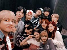 newbies ✧ blacktan - 013 - last day of school Bts Group Photos, Blackpink Photos, Bts Pictures, Bts Blackpink, Bts Twt, Taehyung, Seokjin, Namjoon, Yg Entertainment