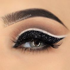 Grey eyes are just stunning. And with the right combo of eye makeup, you… - http://makeupaccesory.com/grey-eyes-are-just-stunning-and-with-the-right-combo-of-eye-makeup-you-5/