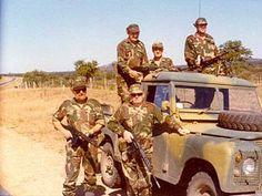 Rhodesian Landrover series III. Military Service, Military Life, Landrover Series, Best 4x4, Defence Force, Zimbabwe, Land Rover Defender, Congo, Soldiers