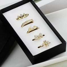 5PCS of Chic Faux Pearl / Rhinestone Embellished Alloy Rings For Women