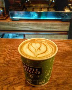 Biz haftasonuna hazırız. Davetiyeler için lütfen Bambam'a başvurunuz  #wakethekoala   #coffeeweekend #istanbulkahvefestivali #coffee #coffeeshop #kahve #espresso #specialtycoffee #latte #latteart #barista #coffeeaddict #coffeetime #arabica #coffeebreak #coffeelove #cappuccino #alternativebrewing #pourover #chemex #v60 #syphon #aeropress #thirdwavecoffee #thirdwavecoffeeshop #ucuncudalgakahveciler #hayvanseveryerler http://ift.tt/1U25kLY